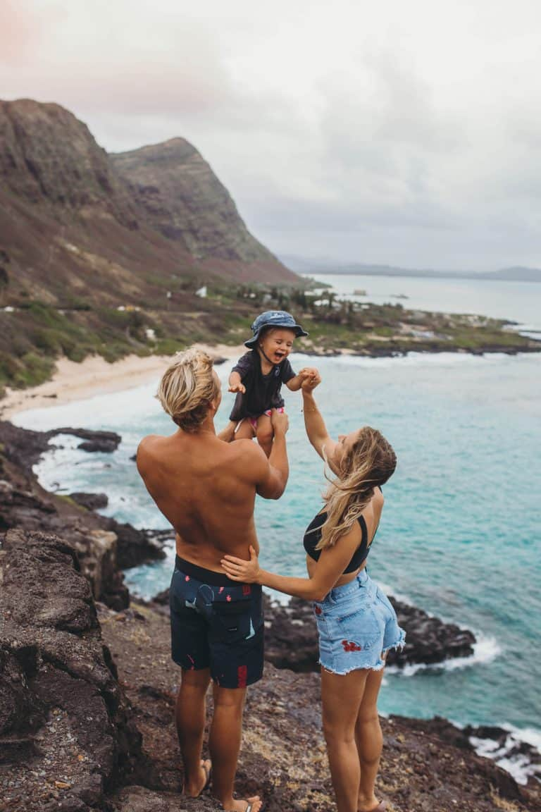 britnee kent hiking with family in hawaii